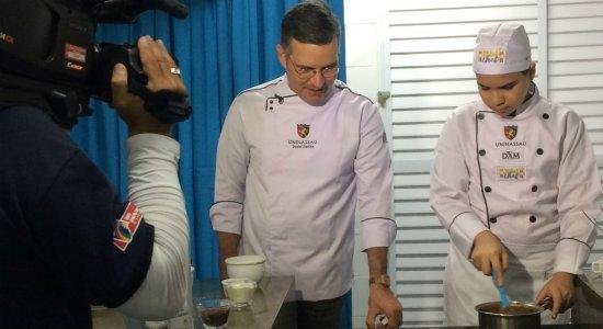 Mini Chef: participantes preparam bolo vulcão em eliminatória