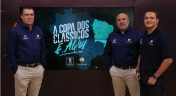 A transmissão da Copa do Nordeste 2020 é conduzida por Aroldo Costa, Maciel Junior e Leonardo Vasconcelos