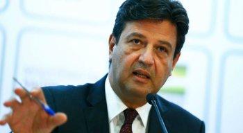Ministro da Saúde concedeu entrevista após a reunião sobre o coronavírus