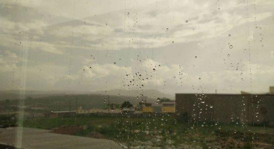 Previsão é de chuva forte no Agreste e Sertão