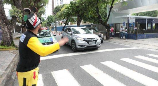 Com volta às aulas, mais de 1 mi de carros devem circular pelo Recife