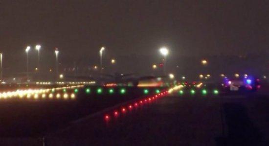 Depois de três horas, avião com 130 passageiros faz pouso de emergência