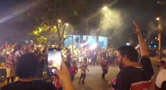 Torcida organizada é suspeita de fazer confusão em festa do Santa Cruz