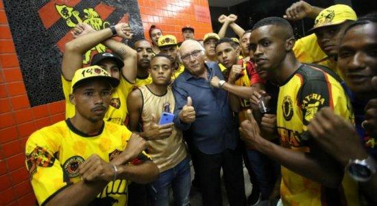 Presidente do Sport nega relação com organizada