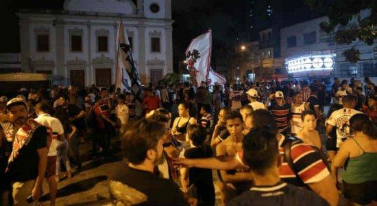 PM diz ter sido 'surpreendida' por invasão em festa do Santa Cruz