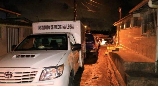 Jovem é arrastado de casa e morto a tiros no Grande Recife