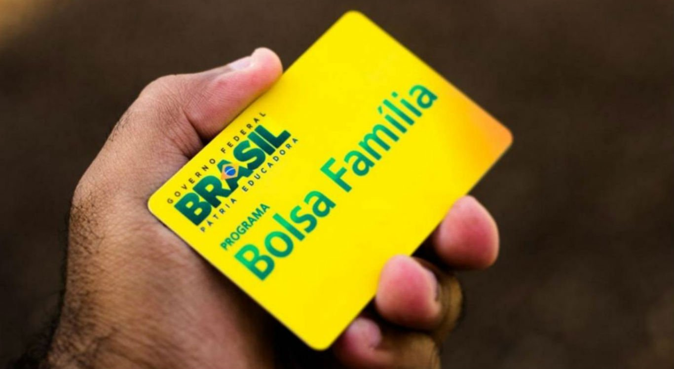 Golpe é destinado aos beneficiários do Bolsa Família