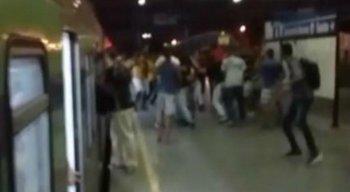 As Torcidas Organizadas de Sport e Santa Cruz brigaram no Metrô