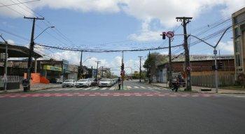 As mudanças no trânsito da Avenida Cruz Cabugá, no Recife, já estão em vigor