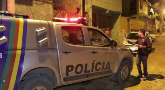 Criminosos invadem casa e executam homem em Jaboatão