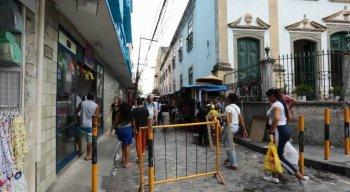 Ao todo, 73 comerciantes da Rua Direita e Rua da Penha serão transferidos para boxes no Cais