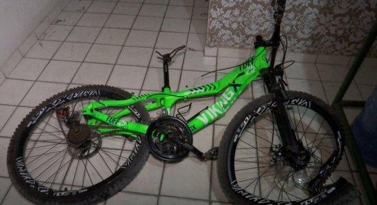 Bicicleta usada pelas crianças pouco antes do atropelamento