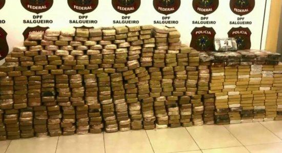 Polícia Federal apreende cocaína em caminhão que transportava milho