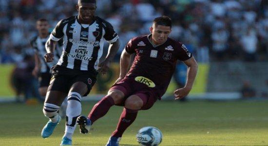 Náutico tem dois jogadores expulsos e não evita derrota para o Botafogo-PB pela Copa do Nordeste