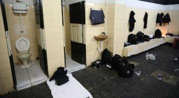 A situação do vestiário foi externado antes do início da partida.