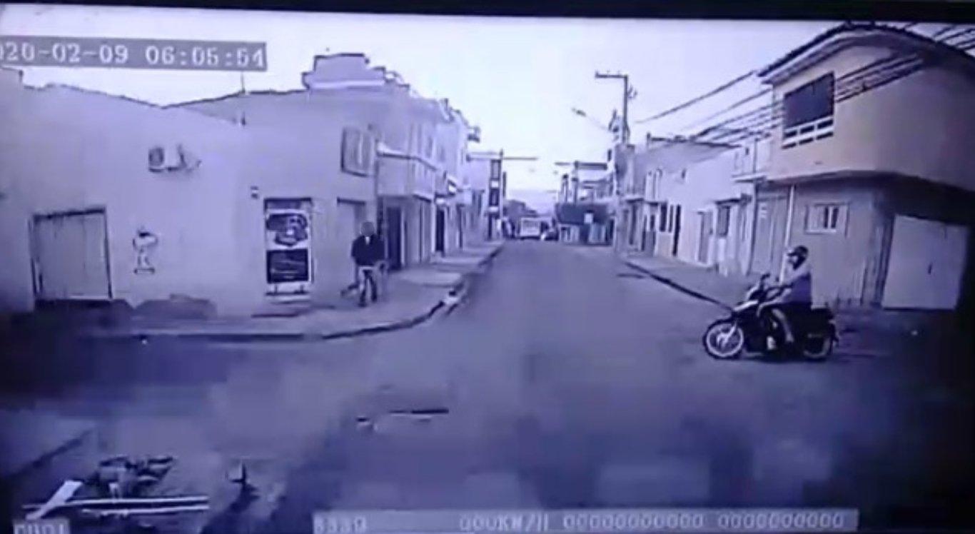Vídeo flagra acidente