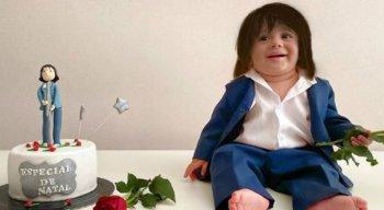 O bebê se fantasiou também de Roberto Carlos
