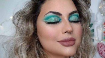 Exemplo de maquiagem para o Carnaval