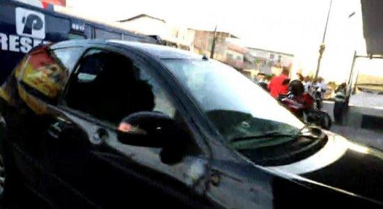 Atentado a carro-forte deixa pessoas feridas na Zona Oeste do Recife