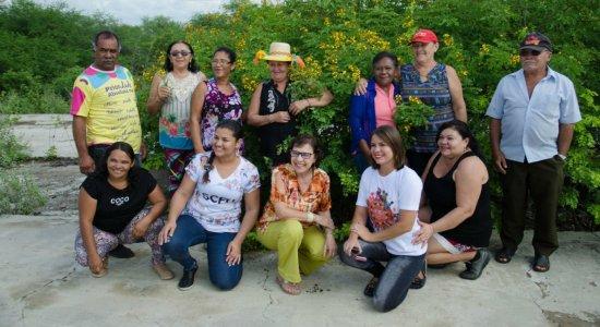 Grupo de mulheres que fizeram parte da capacitação