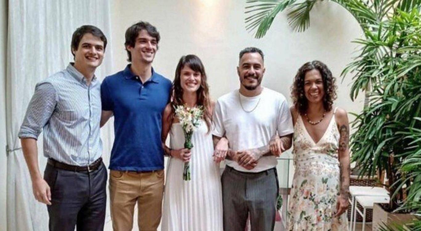Marcelo D2 se casa com Produtora em cerimônia íntima no Rio de Janeiro