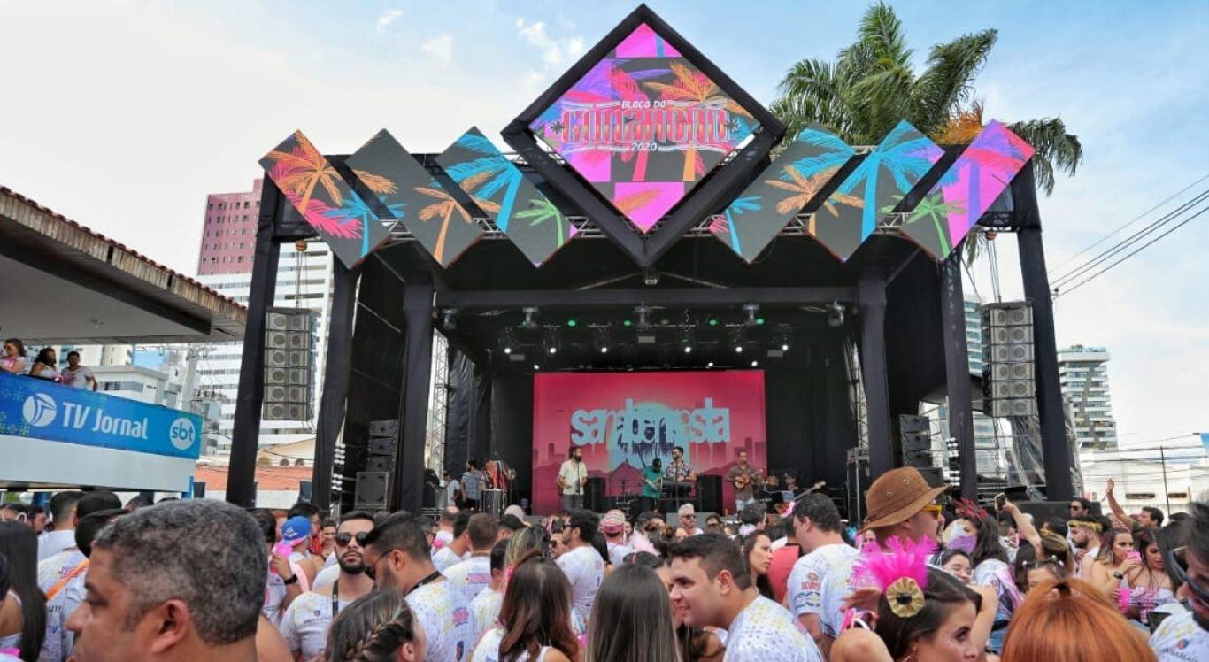 O dia foi animado com a prévia carnavalesca do bloco do Gonzagão