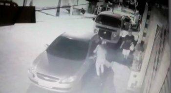 A vítima tinha ido até o carro pegar um absorvente