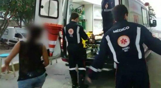 Mulher é atingida por golpes de tesoura pelo marido em Caruaru