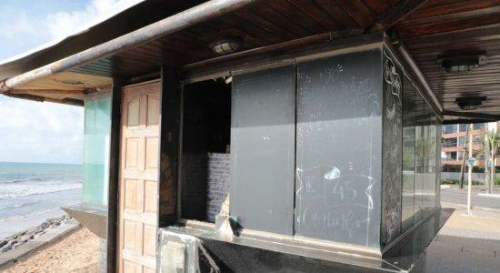 Quiosques fechados, por causa da quarentena, são arrombados em Boa Viagem