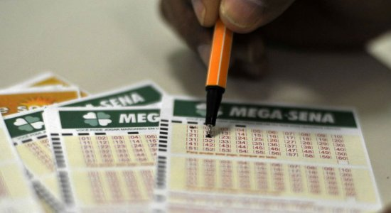 Duas apostas vão dividir prêmio acumulado em 10 concursos da Mega-Sena