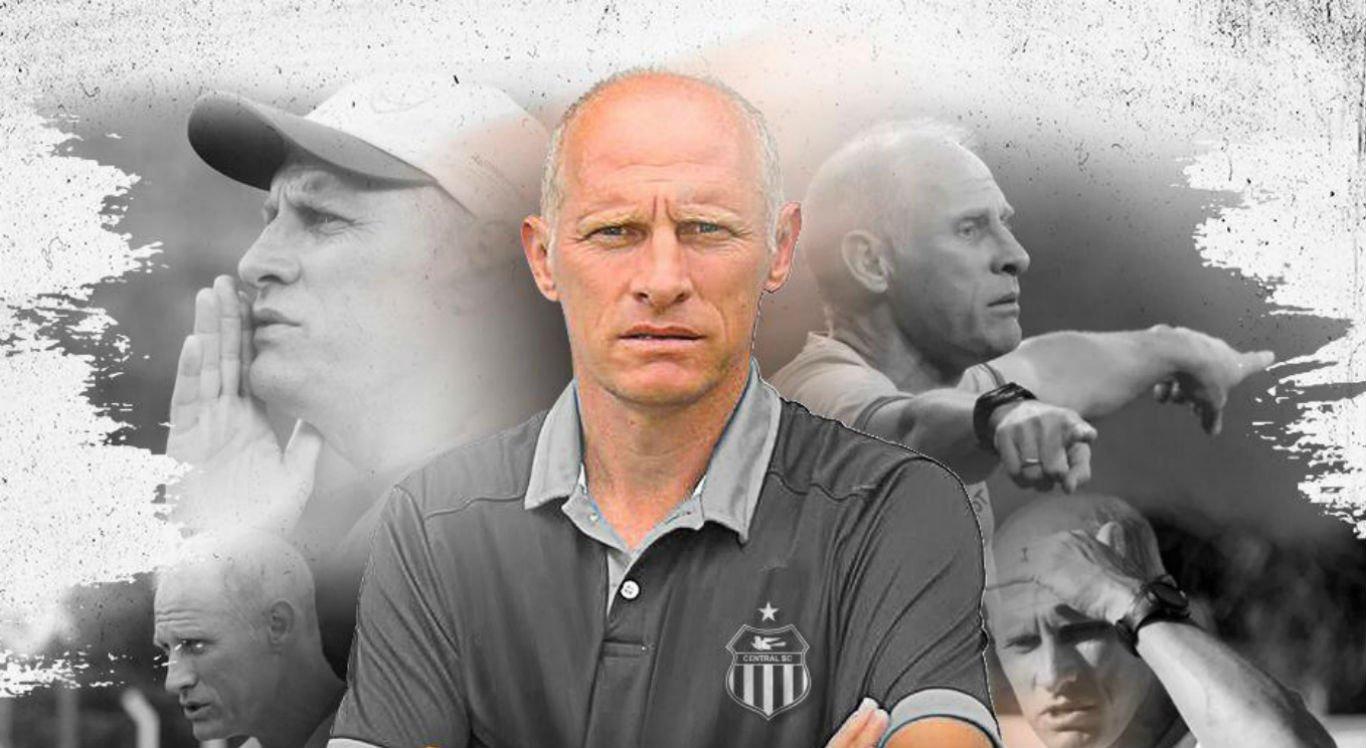 Sílvio Nicoladelli é o novo técnico do Central