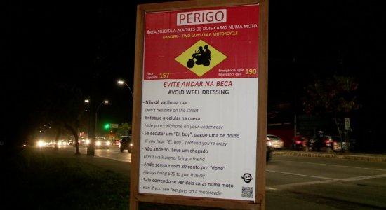 Placa na Zona Sul do Recife mostra dicas de segurança e frases viralizam; veja