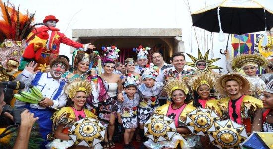 As imagens do tradicional café da manhã do Galo da Madrugada no Carnaval do Recife