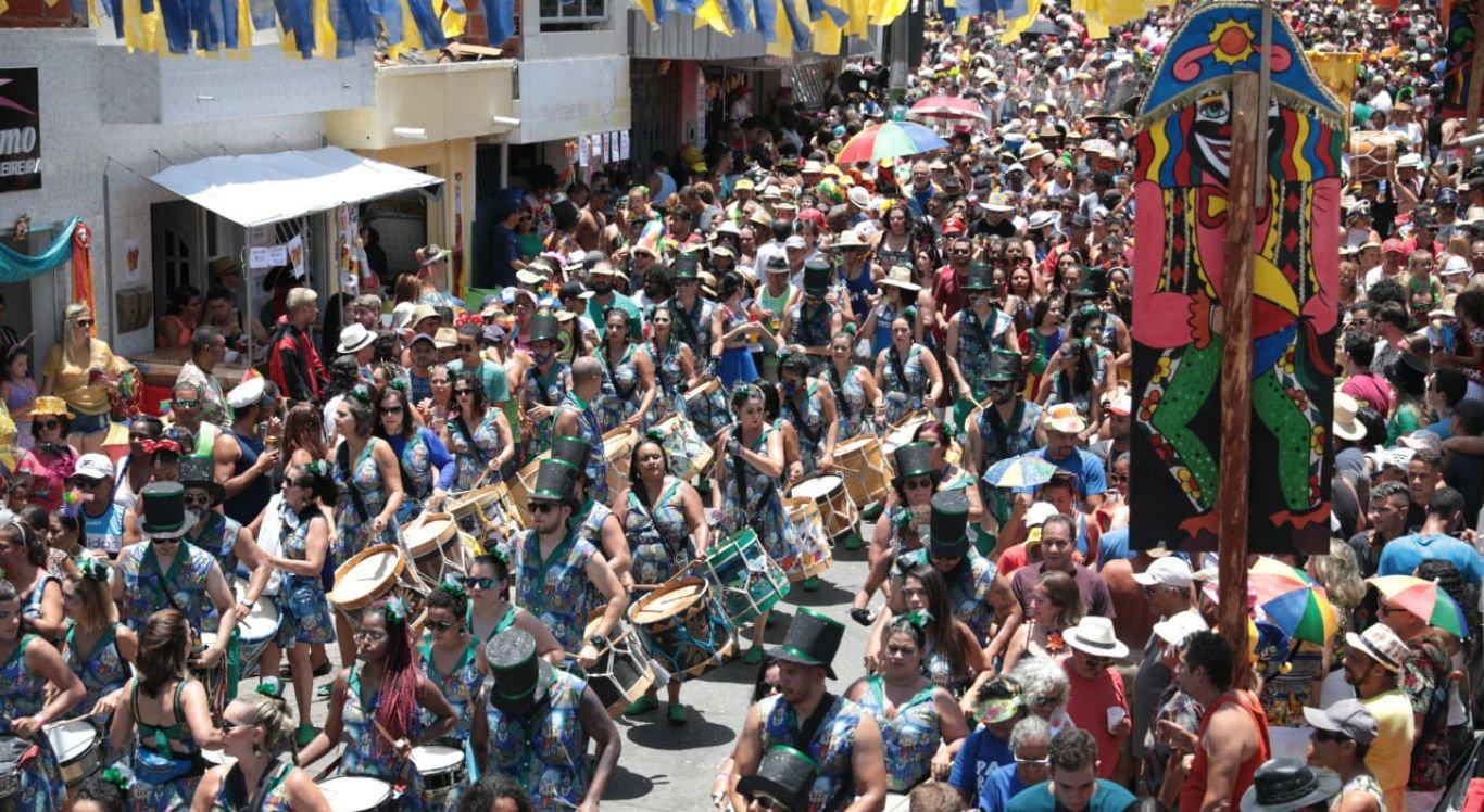 Carnaval de Bezerros é o maior do interior de Pernambuco
