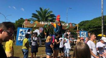 Galo da Madrugada leva folia pernambucana para o Carnaval de SP