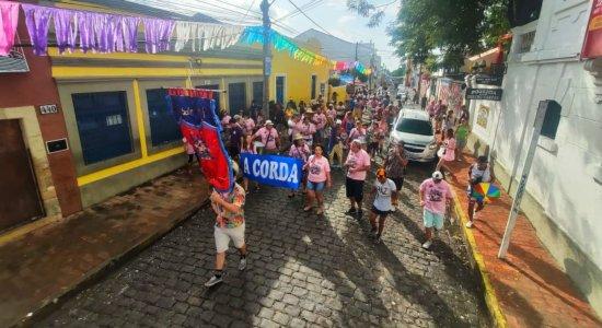 Tradicional A Corda desperta os foliões em Olinda