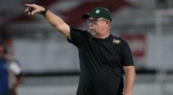 Pedro Manta é o treinador do Afogados.