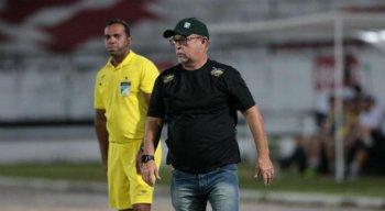 Pedro Manta é o treinador do Afogados