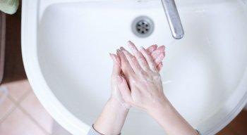 Higienização das mãos precisa ser realizada regularmente