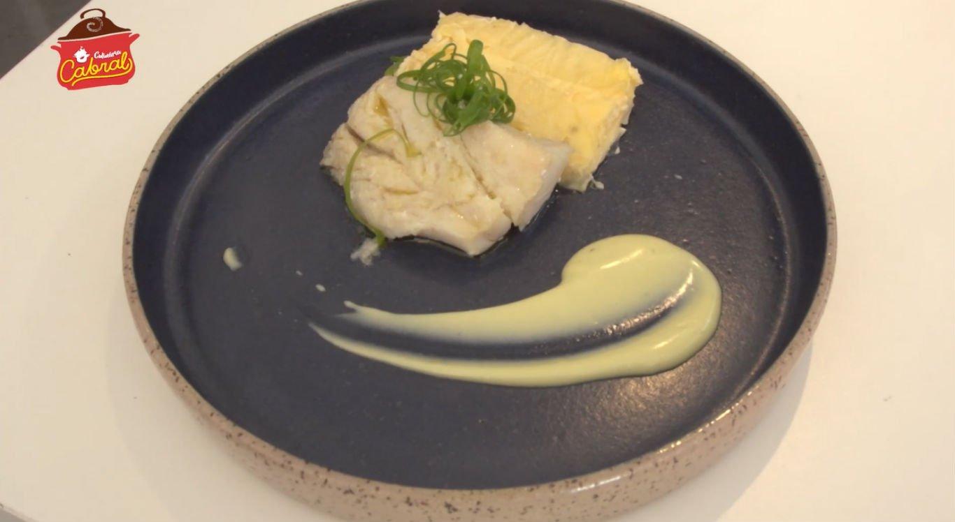 Mil folhas de batata pode ser servido com bacalhau