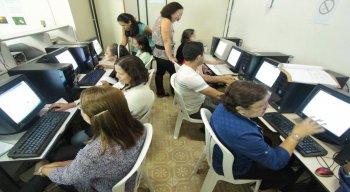 Serão oferecidas 450 vagas divididas entre cursos de idiomas e informática