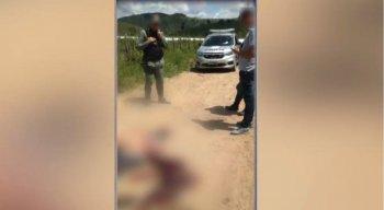 O sargento foi encontrado morto em uma estrada de barro