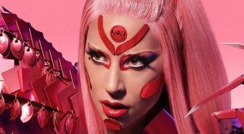 Lady Gaga no clipe de Stupid Love