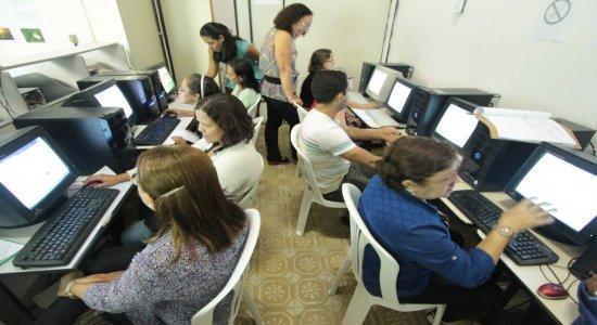 Olinda abre 450 vagas para cursos gratuitos de idiomas e informática