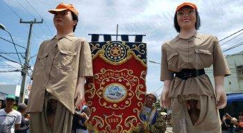 Bloco Camburão da Alegria desfila tradicionalmente após o Carnaval