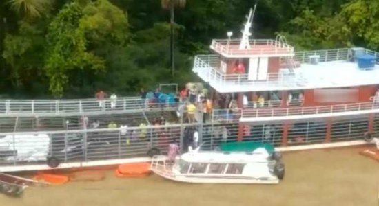 Naufrágio de navio deixa várias pessoas mortas no Amapá e buscas continuam