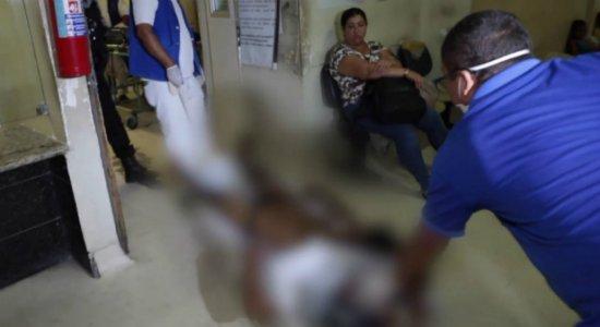 Mulher suspeita de atear fogo no marido é presa em flagrante