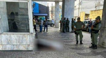 A Polícia Militar e o Instituito Médico Legal foram até o local