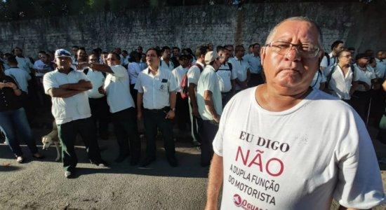 Rodoviários da Metropolitana fazem assembleia e ônibus não saem