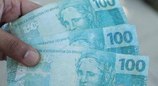 Estudante de direito é preso com R$ 1 mil em notas falsas na Zona Oeste do Recife